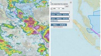 Máy bay QZ-8501 của  AirAsia mất tích trên đường đến Singapore