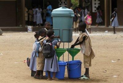 5 triệu trẻ em Tây Phi nghỉ học vì Ebola
