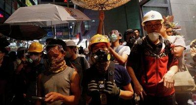 Thủ lĩnh sinh viên Hồng Kông suy xét về việc chấm dứt biểu tình