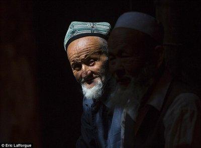 Trung Quốc: Một người đàn ông ở tù 6 năm vì để râu dài