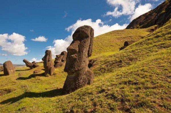 Khám phá bất ngờ bên dưới các tượng đá ở đảo Phục sinh