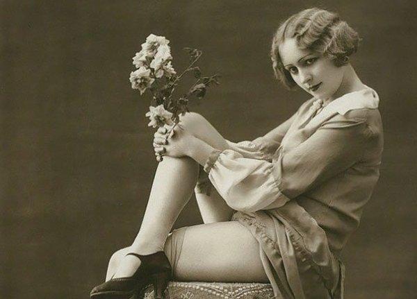 Phụ nữ 100 năm trước gợi cảm không kém người đẹp ngày nay