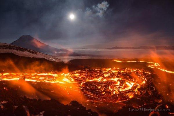 """St. Helen sắp phun trào có thể gây """"Đại hồng thủy"""" ở  Tây Bắc Thái Bình Dương"""