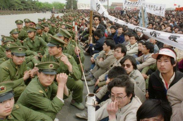 """Hồi ức tươi đẹp về những ngày Bắc Kinh không có """"bóng ma"""" của ĐCSTQ"""