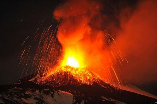 Núi lửa sẽ hủy diệt Nhật Bản sau 100 năm nữa