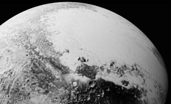 Phát hiện dấu hiệu tồn tại một đại dương trên sao Diêm vương