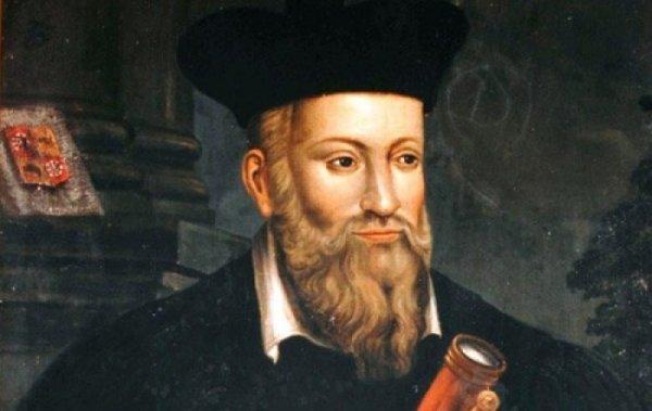 10 lời tiên tri của Nostradamus về năm 2017
