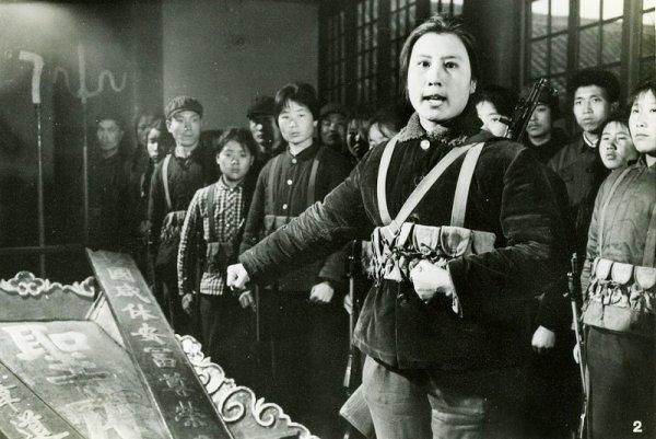 Nhân chứng kể lại cảnh mộ gia tộc Khổng Tử bị đào trong thời Cách mạng Văn hóa