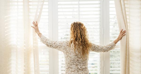 12 cách xua đi những năng lượng âm cho ngôi nhà của bạn