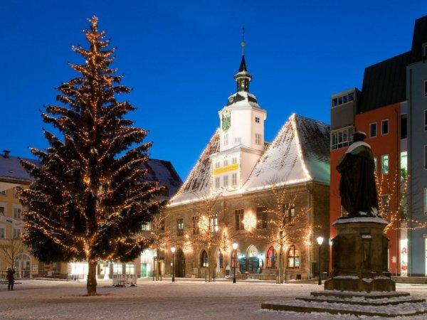 Những địa điểm thắp đèn Giáng sinh đẹp nhất Thế giới