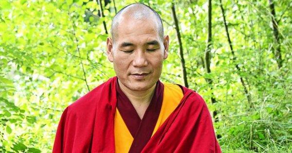 Liệu pháp thần kỳ giúp nhà sư Tây Tạng tự trị khỏi bệnh hoại tử mà không phải cưa chân