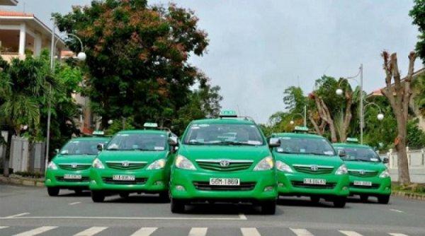 """Taxi Mai Linh tung 1.000 xe ứng dụng công nghệ đặt xe, """"quyết chiến"""" với Uber và Grab"""
