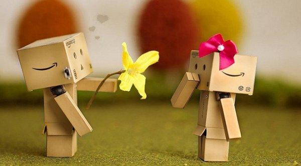 Xem hôn nhân tốt xấu qua đường tình duyên trên 2 tay
