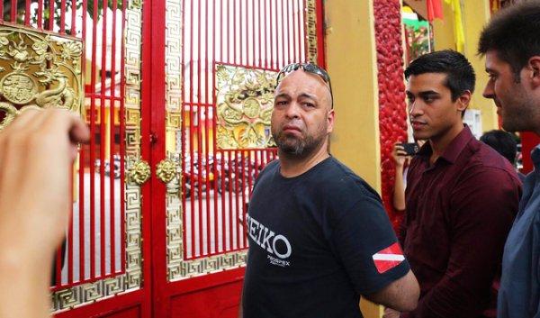 Flores đến đình Nam Chơn, Nam Huỳnh Đạo đóng cổng không tiếp