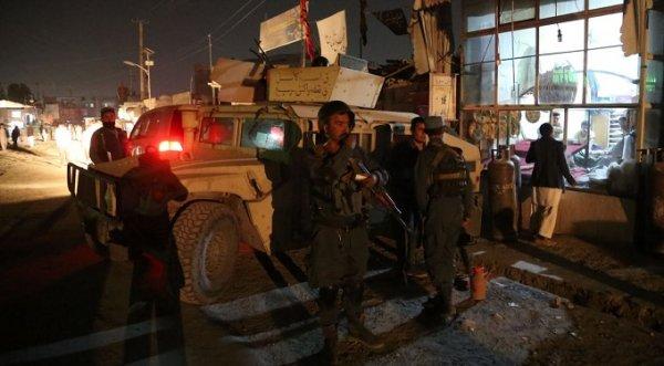Đánh bom tự sát liên tiếp ở Afghanistan, ít nhất 63 người thiệt mạng