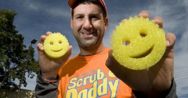 Chuyện về miếng rửa chén Scrub Daddy – Dự án thành công nhất lịch sử Shark Tank