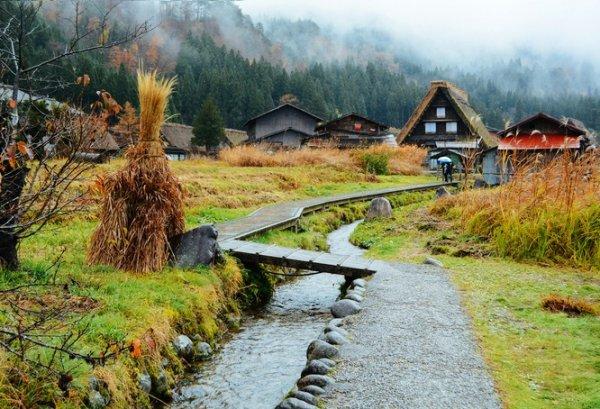 Ngôi làng như bước ra từ truyện cổ tích ở Nhật Bản