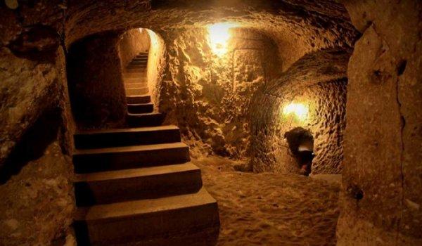 Thành phố ngầm Nushabad – Hầm trú ẩn tránh chiến tranh hạt nhân thời tiền sử?