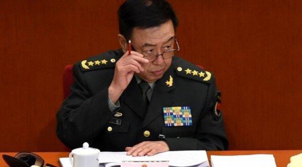 Ông Phạm Trường Long xuất hiện trên báo quân đội, phải chăng là vẫn vô sự?