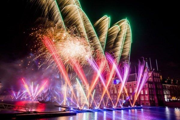 Bộ ảnh thế giới chào đón năm mới 2018 bằng pháo hoa rực rỡ