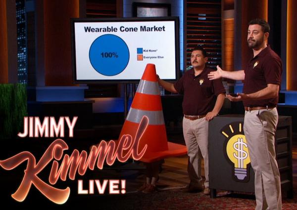 Video: Khi một diễn viên hài kêu gọi đầu tư tại Shark Tank!