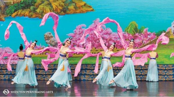 Shen Yun toàn cầu 2018 mở ra cơ hội lớn cho các công ty du lịch