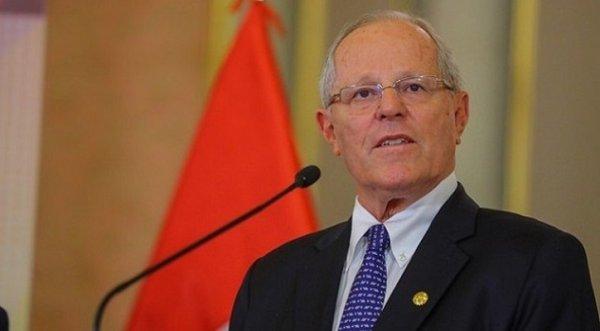 Trước thềm bỏ phiếu phế truất, tổng thống Peru từ chức