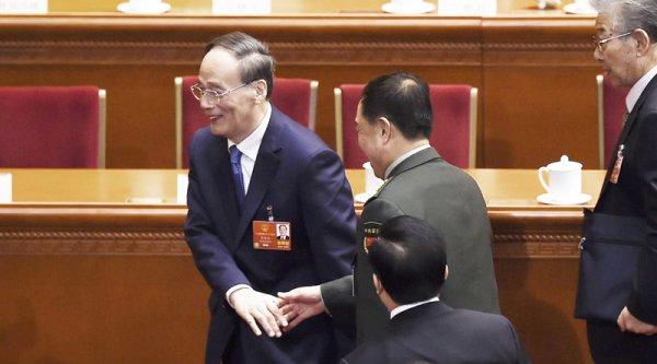 Nhiều quan chức đang lo sợ trước sự trở lại của trùm đả hổ Vương Kỳ Sơn?