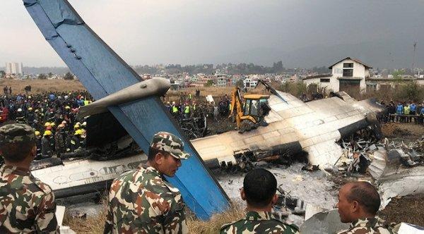 Máy bay chở khách rơi tại Nepal, ít nhất 49 người thiệt mạng