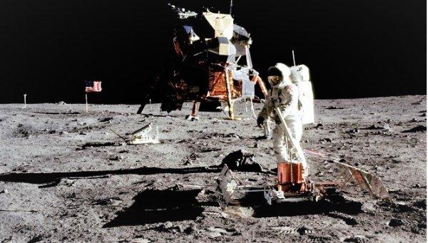 Những bức ảnh trong sứ mệnh Apollo mà NASA không muốn bạn thấy