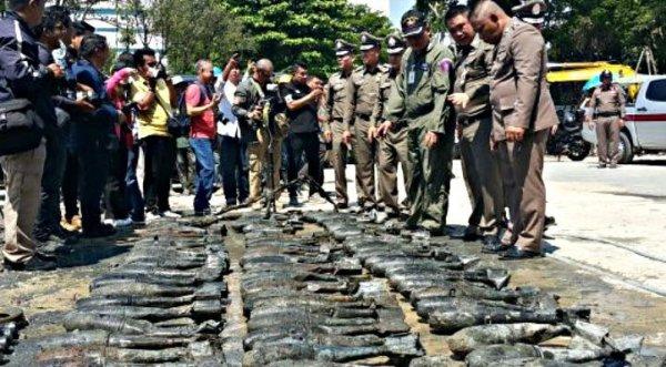 Phát hiện hơn 100 quả bom dưới công trình trung tâm thương mại ở Bangkok