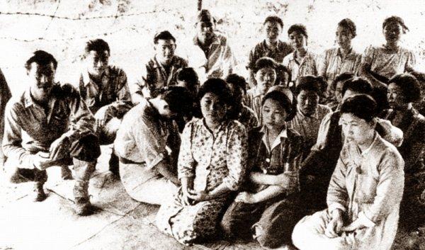Nỗi kinh hoàng phải sống trong 'trại cưỡng hiếp' của Nhật thời chiến