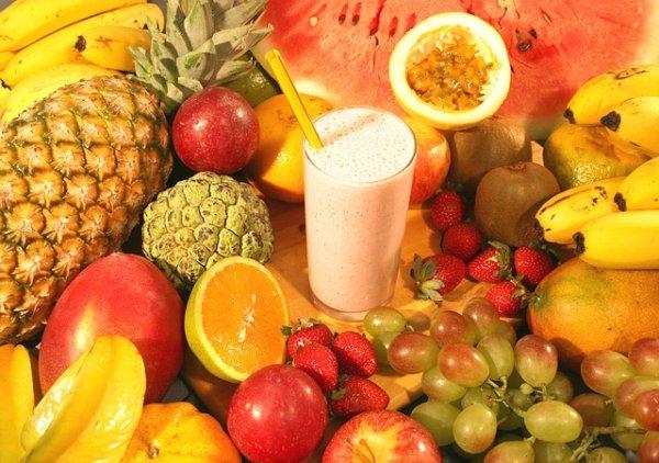 Những lưu ý khi mua nước ép trái cây bạn cần biết