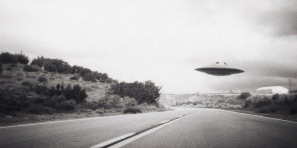 Lộ diện bản đồ đường bay UFO rơi trên núi Berwyn năm 1974
