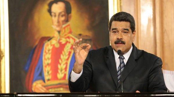 Venezuela trục xuất 2 nhà ngoại giao Mỹ, Washington dọa đáp trả