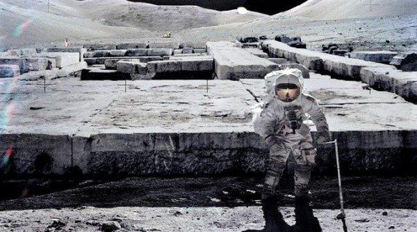 Nhật ký phi hành gia tiết lộ những cuộc chạm trán bất ngờ với người ngoài hành tinh