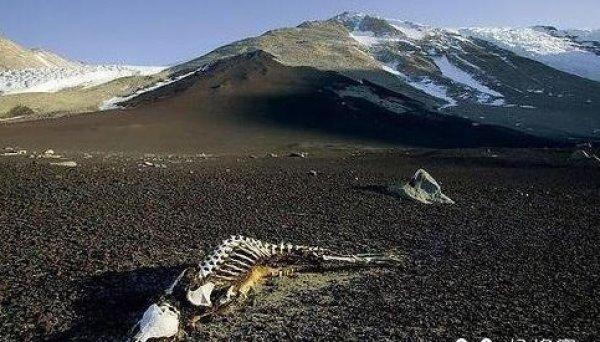 Cửa địa ngục núi Côn Lôn và các hiện tượng biến mất không lời giải
