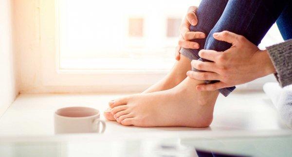 Trẻ đi không vững vì chân bẹt, hãy thử 10 cách khắc phục cực hiệu quả này
