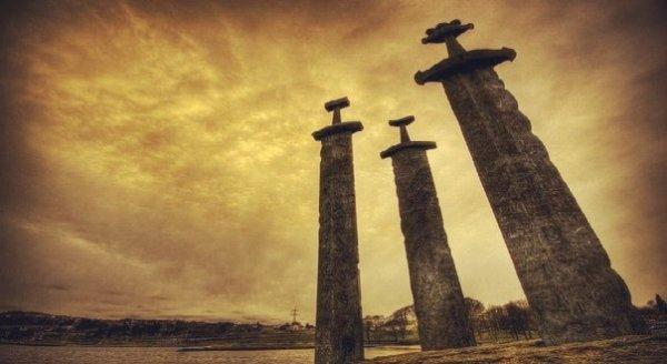 Không thể tin nổi: Kiếm gỗ Viking 1.000 năm không mục nát