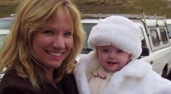 Bác sĩ phẫu thuật trở thành người mẹ tuyệt vời sau khi cứu sống đứa trẻ