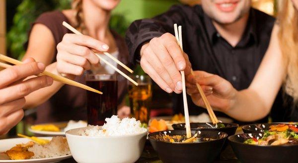 10 dấu hiệu nhận biết bị nhiễm ký sinh trùng và 7 thực phẩm làm sạch cơ thể