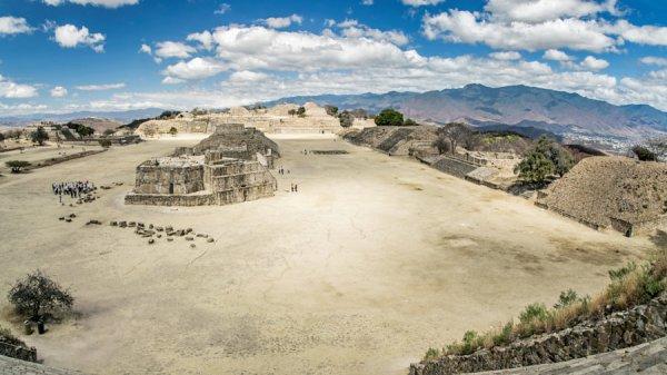 Bí ẩn Monte Albán – Thành cổ đồ sộ nằm trên một đỉnh núi bị san phẳng