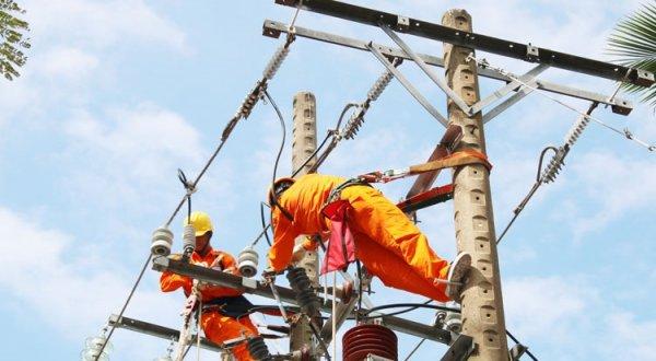 Giá bán buôn điện tăng, liệu giá bán lẻ điện đến người dân có bị tăng theo?