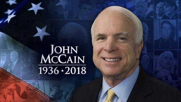 John McCain qua đời: Anh hùng dân tộc hay kẻ gây chiến toàn cầu?
