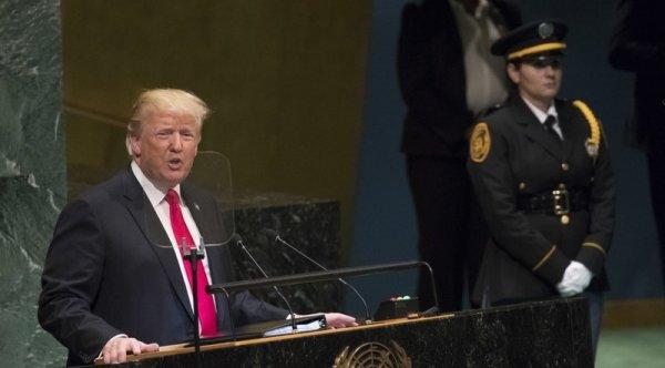 Mỹ chế tài các quan chức Venezuela; Trump chỉ trích chế độ XHCN
