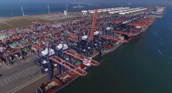 Châu  Âu phản ứng dữ dội việc Trung Quốc thu mua cảng