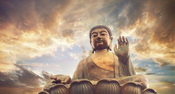 """""""Khủng hoảng"""" đức tin: Khi 'chỗ dựa tinh thần' là một chiếc ghế mục"""