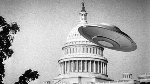 Không quân Mỹ che giấu sự kiện UFO bao vây Nhà Trắng năm 1952