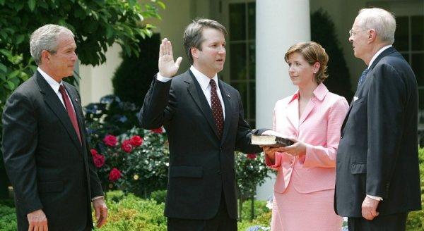 Brett Kavanaugh  – Mục tiêu của một âm mưu 'trả thù' cho nhà Clinton