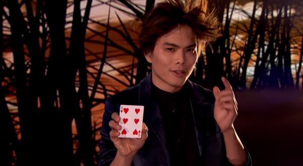 """Video: Ảo thuật gia gốc Hoa đầu tiên giành quán quân """"America's Got Talents"""""""
